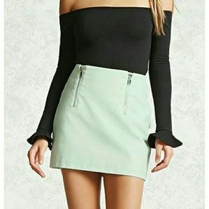 Forever 21 Mint Colored Faux Leather Skirt